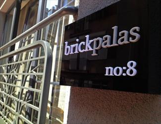 Brickpalas Hotel
