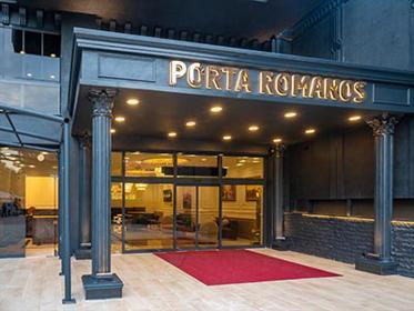 Porta Romanos Hotel
